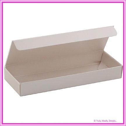 Bomboniere Box - 3 Chocolates - Metallic Pearl Pale Buff