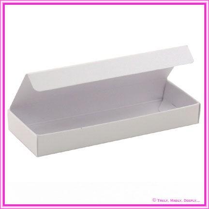Bomboniere Box - 3 Chocolates - Metallic Pearl White