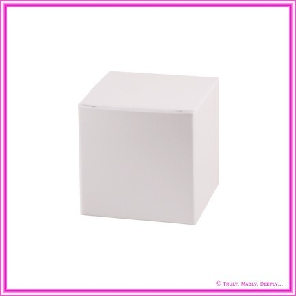 Bomboniere Box - 5cm Cube - Crystal Perle Diamond White Lumina (Metallic)