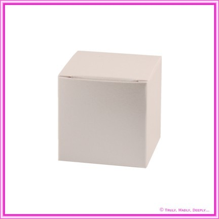 Bomboniere Box - 5cm Cube - Metallic Pearl Pale Buff