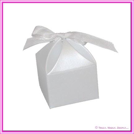 Bomboniere Box - Bom 1 Pearl White