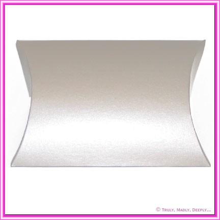 Bomboniere Pillow Box 120mm Metallic Silver