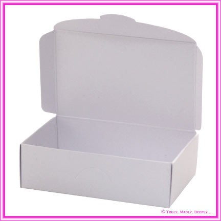Wedding Cake Box - Crystal Perle Diamond White (Metallic)