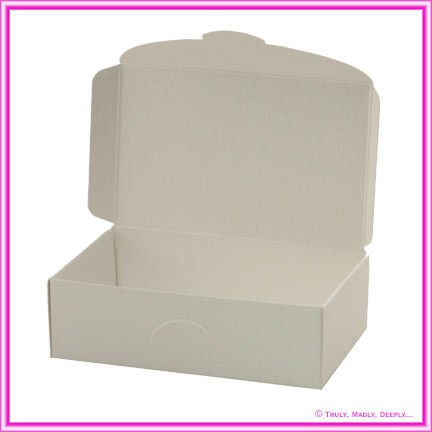 Wedding Cake Box - Metallic Pearl Bridal White