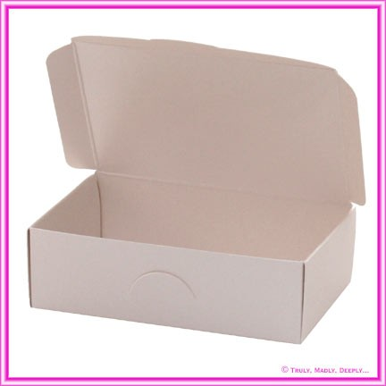 Wedding Cake Box - Metallic Pearl Pale Buff