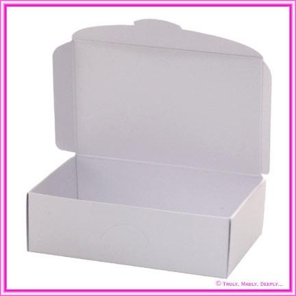 Wedding Cake Box - Metallic Pearl White