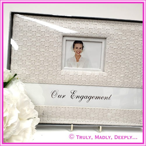 Engagement Guest Book - Weave