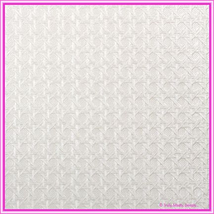 A4 Embossed Invitation Paper - Wicker White Pearl