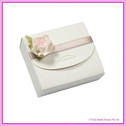 Bomboniere Purse Box - Curious Metallics Cryogen White
