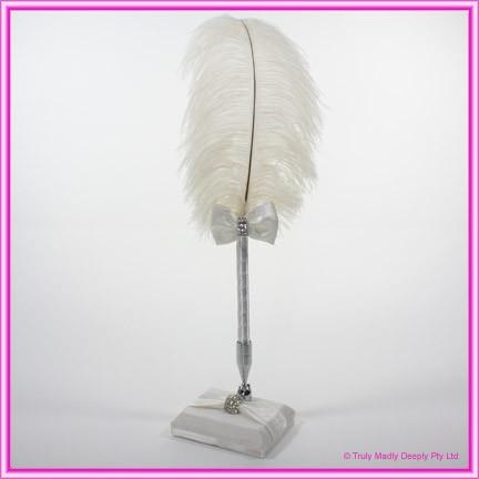 Wedding Feather Pen - Diamante Clasp Ivory