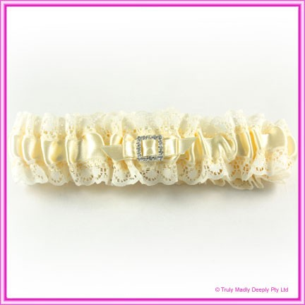 Wedding Garter - Ivory Square Diamante Buckle