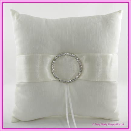 Wedding Ring Cushion - Diamante Circlet Ivory