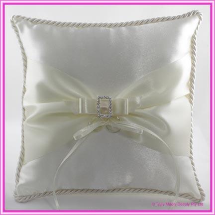 Wedding Ring Cushion - Sash & Buckle Ivory