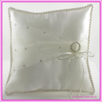 Wedding Ring Cushion - Large Ivory Round Buckle