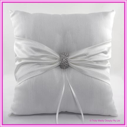 Wedding Ring Cushion - Diamante Clasp White