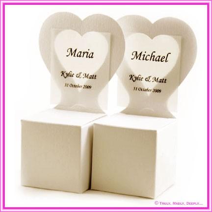 Bomboniere Heart Chair Box - Metallic Pearl Pale Buff