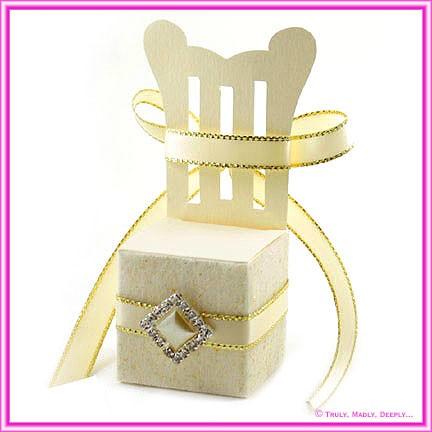 Bomboniere Throne Chair Box - Curious Metallics White Gold