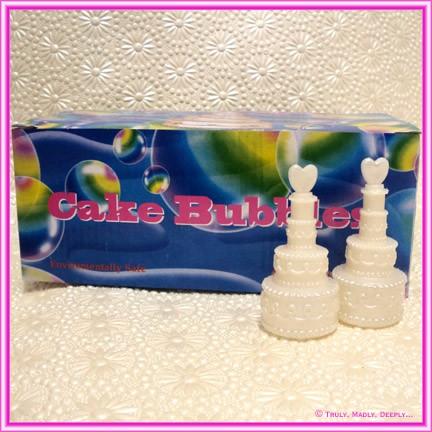 Wedding Cake Bubbles - Box of 24